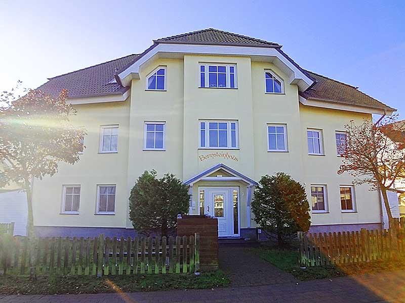 Ferienwohnungen Urlaubsdomizile Usedom - Ferienwohnung 1 im Bernsteinhaus